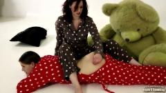 お仕置きパジャマ